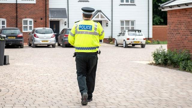 in policist britannic va encunter ina chasa
