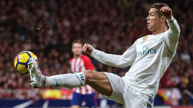 Christiano Ronaldo am Ball