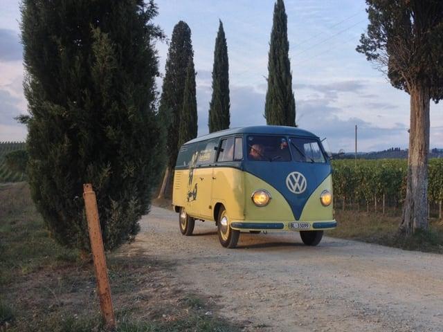 Der T1, Baujahr 1953, auf dem Heimweg von der L'Eroica.