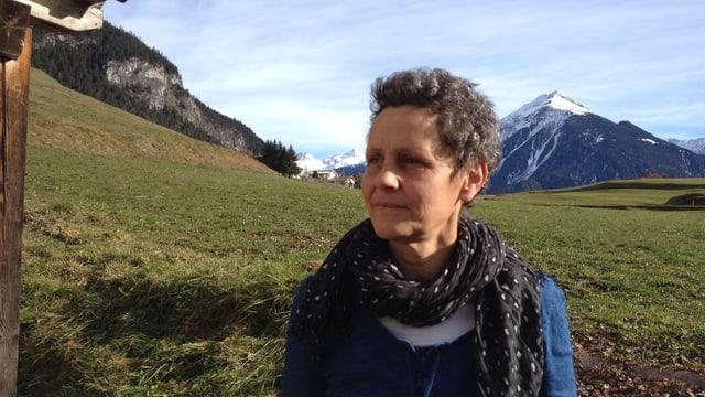 Anneta Tscharner-Gregori s'engascha en la soprastanza da l'uniunda vischnanca Alvagni che l'identitad da la vischnanca fusiunada na va betg a perder.