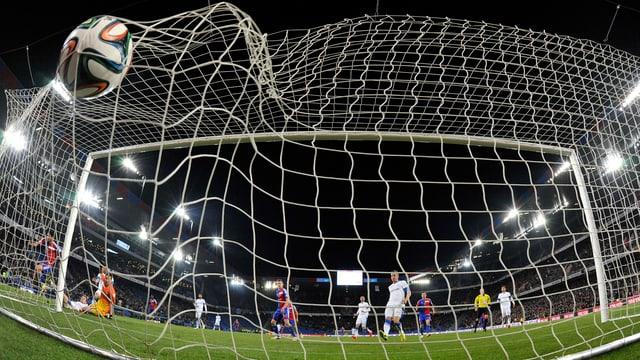 Der FCB und der FCZ verwöhnten die Zuschauer am Mittwoch im St. Jakob-Park.