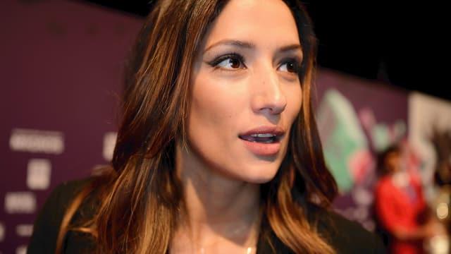 Melanie Winiger an einer Filmpremiere.