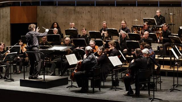 Das Sinfonieorchester Biel am Spielen.