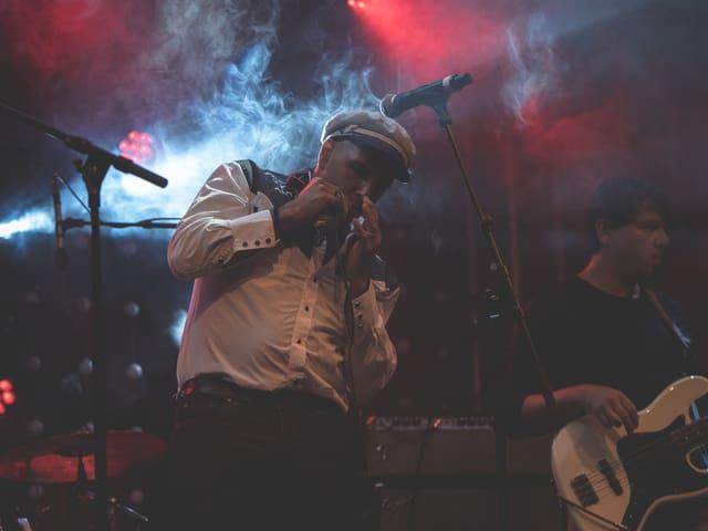 La band Tschent durant il concert al Rock Sedrun il venderi