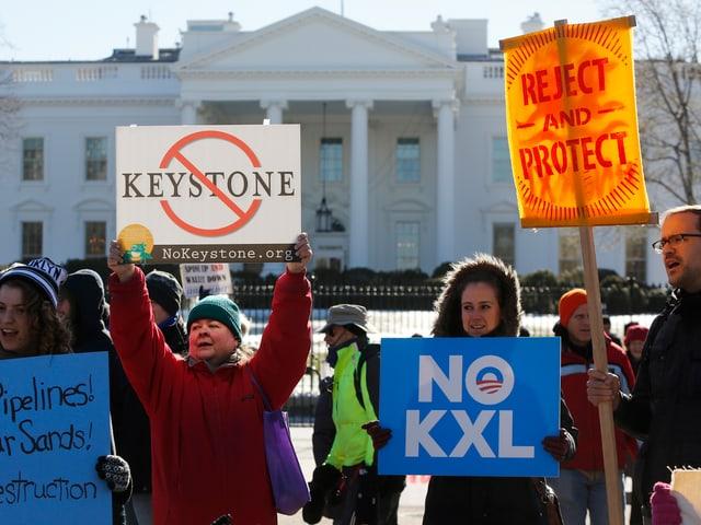 Gegner der Keystone-Pipeline vor dem Weissen Haus in Washington