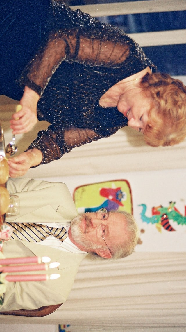 Video «Lüthi und Blanc - (146 / 288) Seniorentango» abspielen