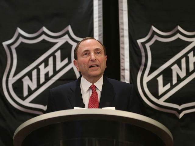 Arbeitet mit der NHL an einer Fortsetzung der Liga: NHL-Commissioner Gary Bettman.