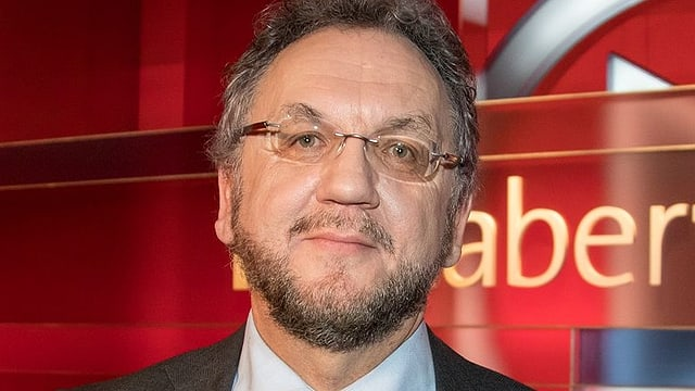 Zu sehen ist Heribert Prantl, Chefkommentator und Ressortleiter Innenpolitik bei der Süddeutschen Zeitung.