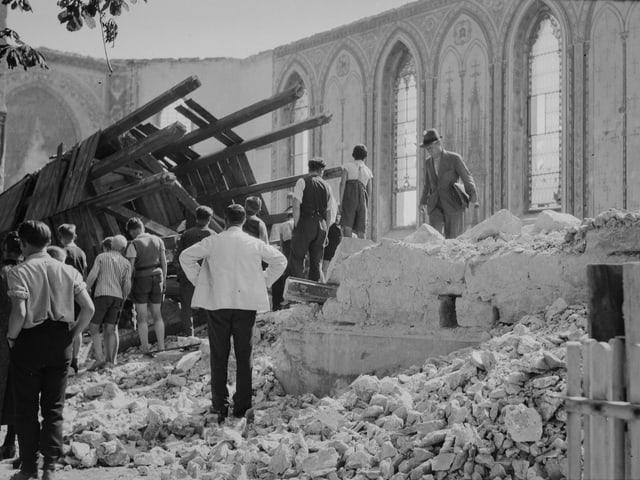 Sprengung der katholischen Kirche in Herisau 1935.