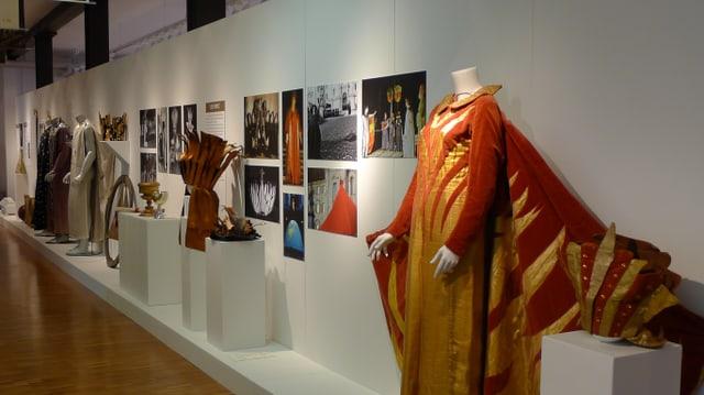 Ein blick in die Ausstellung über das Welttheater im Einsiedler Museum FRAM.