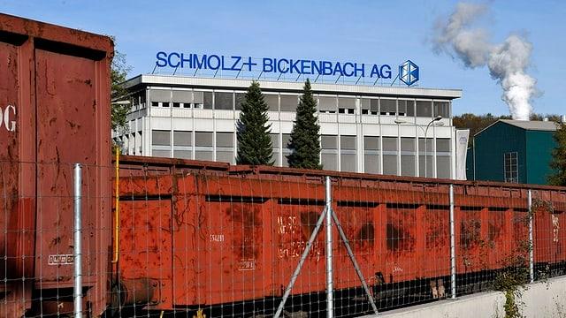 Das Firmengebäude von Schmolz und Bickenbach in Emmenbrücke.