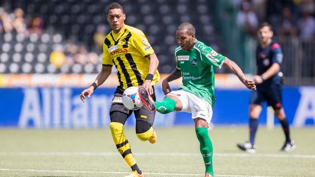 Hoarau trifft auch gegen St. Gallen.