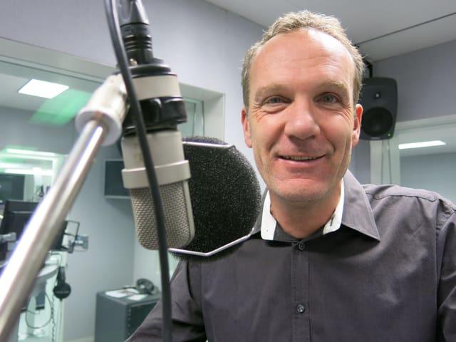 Politologe Mark Balsiger im Studio