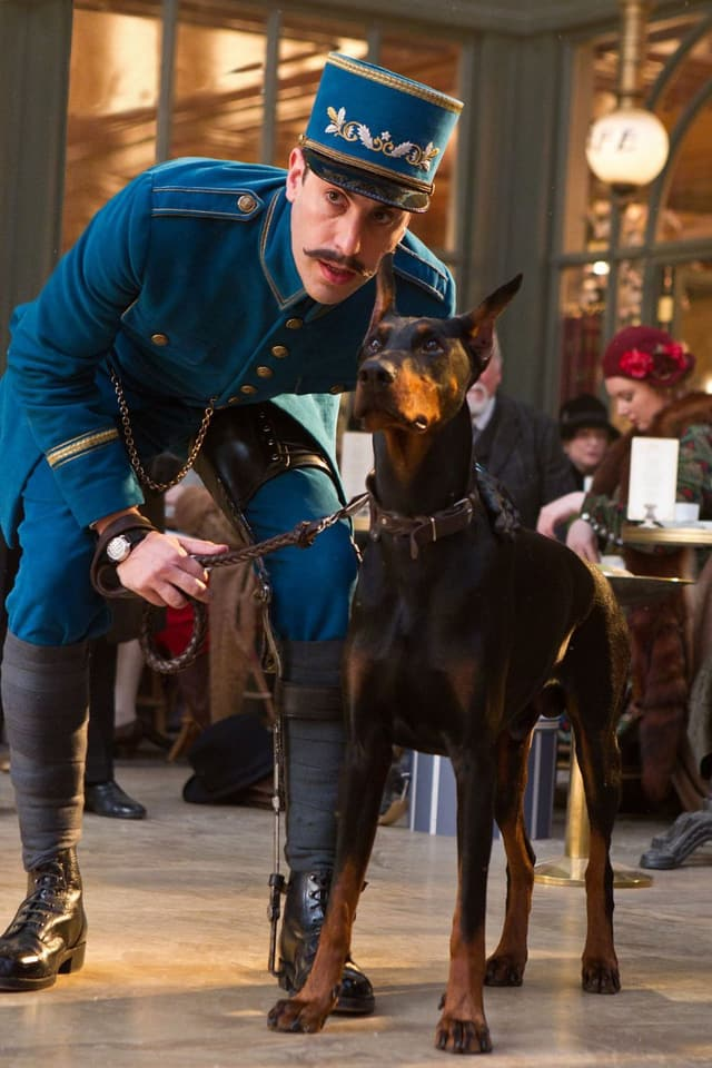 In einer Szene des Filmes «Hugo» ist der Bahnhofspolizist zu sehen.