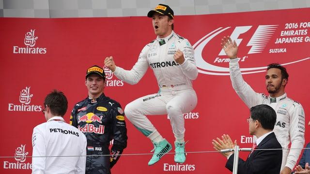 Rosberg da in sigl dal plaschair.