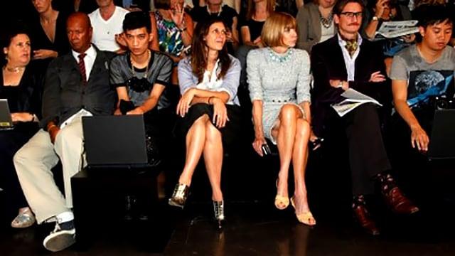 Das Publikum einer Modeshow an der Fashionweek Mailand 2008.