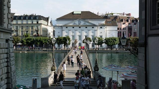 Blick auf das Luzerner Theater