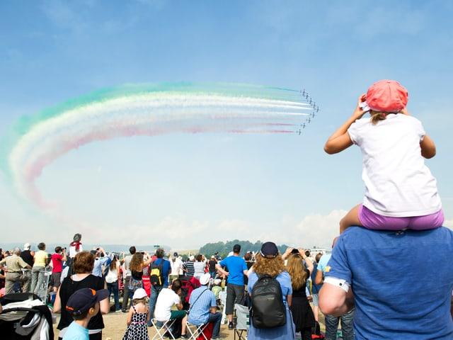 Ein Kunstflug der «Aerobatic»-Mannschaft «Frecce Tricolori» des italienischen Militärs.