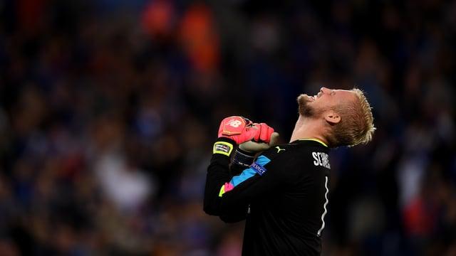 Kasper Schmeichel will mit Leicester in den Champions-League-Viertelfinal.