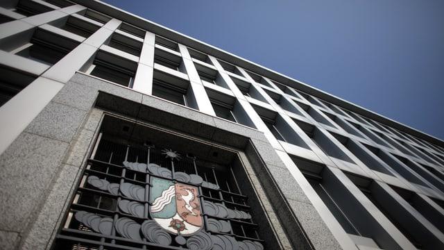 Il ministeri da finanzas da Nordrhein-Westfalen: Er qua duai il servetsch secret svizzer avair plazzà in spiun.