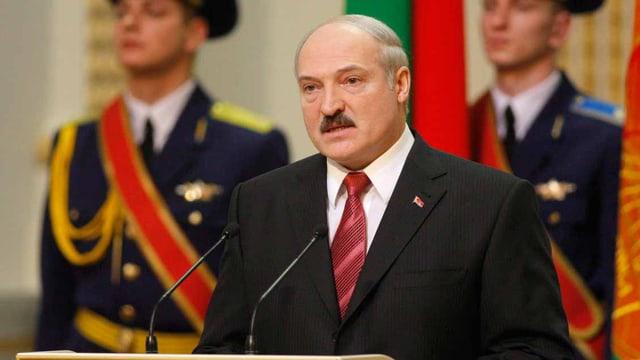 Lukaschenko am Redfnerpult