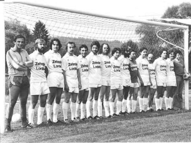 MAnnschaftsfoto von 1977 des FC Inter Altstadt.