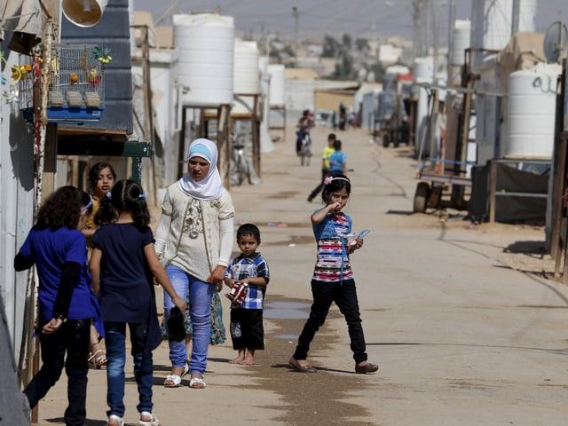 Blick in eine Strasse von Zaatari