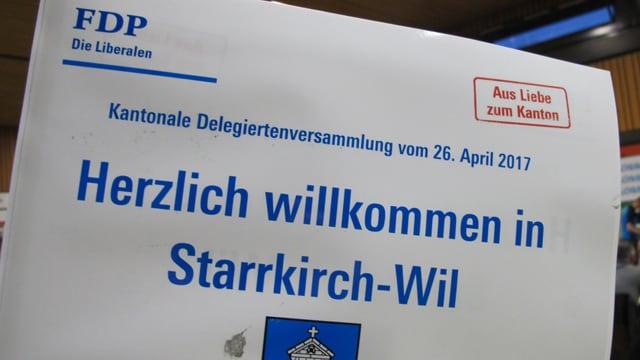 Fähnchen an der FDP-Delegiertenversammlung.