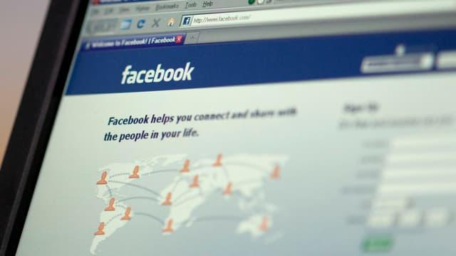 Facebook Log-In Homepage