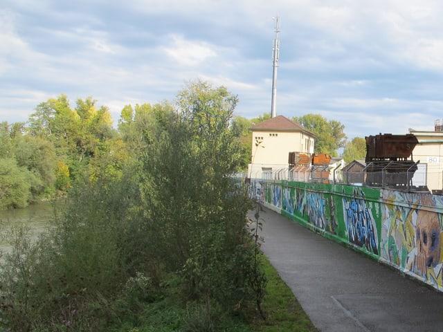 Spazierweg und Birs
