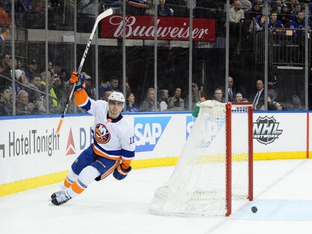 Shane Prince jubelt für die New York Islanders.