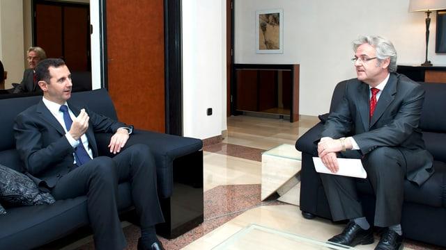 Der syrische Päsident Baschar al-Assad und der Nahost-Experte der Frankfurter Allgemeinen Zeitung Rainer Hermann.