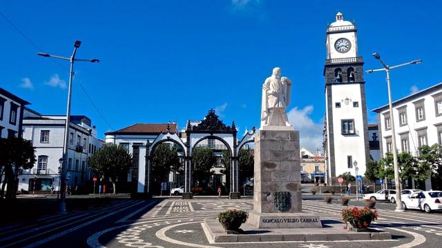 Blick auf den Hauptort der Azoren, Ponta Delgada