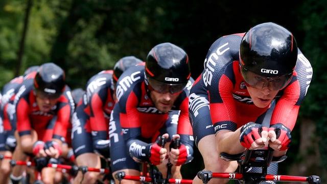 Il BMC Racing team en furma