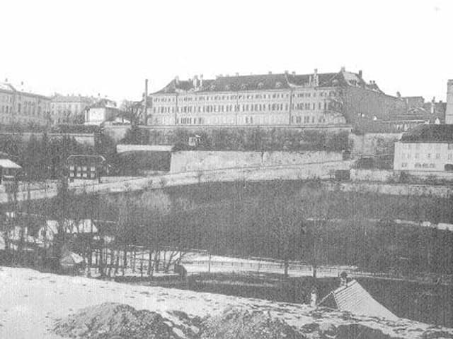 Casino (links), Altes Inselspital (rechts), 1873-1888
