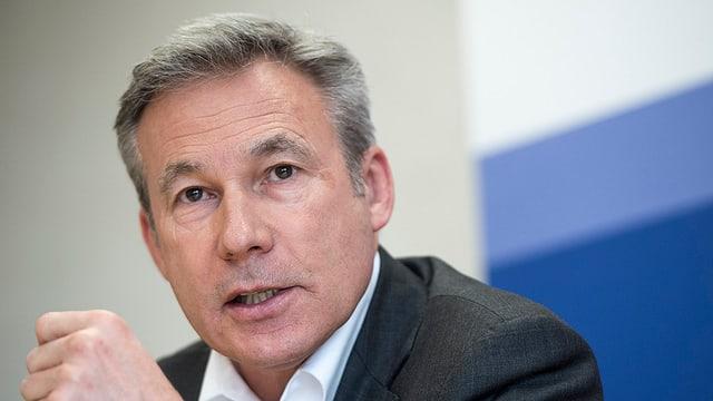 Il schef da fracziun da la PPS, Adrian Amstutz.