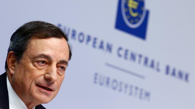 Mario Draghi bei einer Medienkonferenz im Dezember 2014