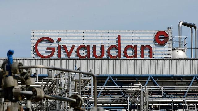 Schriftzug einer Givaudan-Fabrik