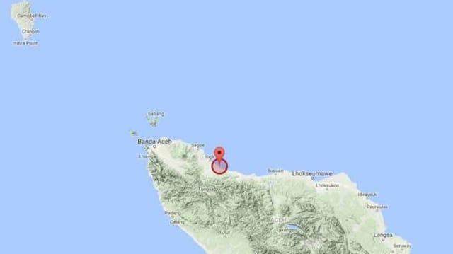 avant la costa da la provinza Aceh sin l'insla Sumatra.