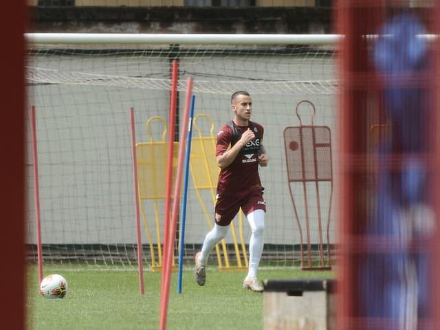 Ein Spieler des FC Torino bei einer Einheit.
