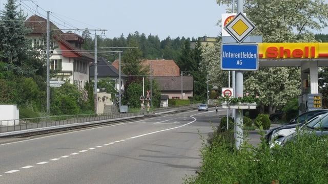 Ortsschild am Dorfeingang von Unterentfelden