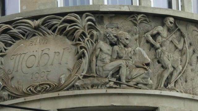 """Fassade mit Inschrift """"Möhrli"""""""