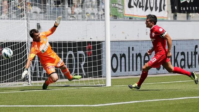 Thuns Hediger schiesst sein Team in Führung.