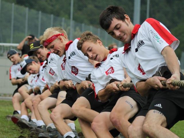 Die Mannschaft aus Stans-Oberdorf beim Kampf.