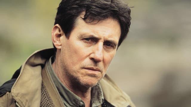 Gesicht eines Mannes in Grossformat (Gabriel Byrne)
