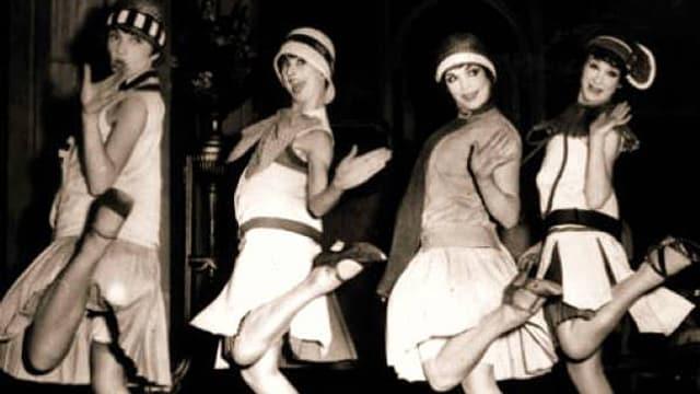 Vier Tänzerinnen in den «Goldenen Zwanziger Jahren», in den USA die «Roaring Twenties» genannt.