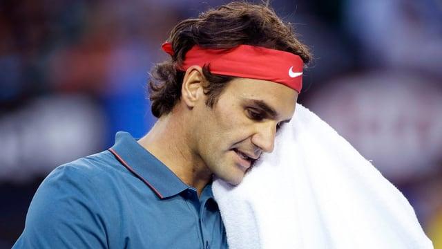 Roger Federer unterlag Rafael Nadal klar in drei Sätzen. .