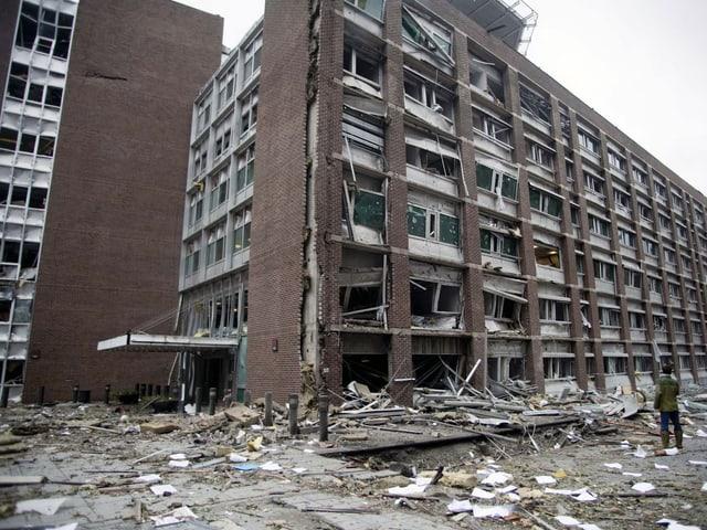 Das zerstörte Gebäude