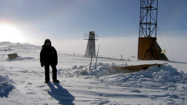 Wissenschaftler an Forschungsstation in der Arktis.