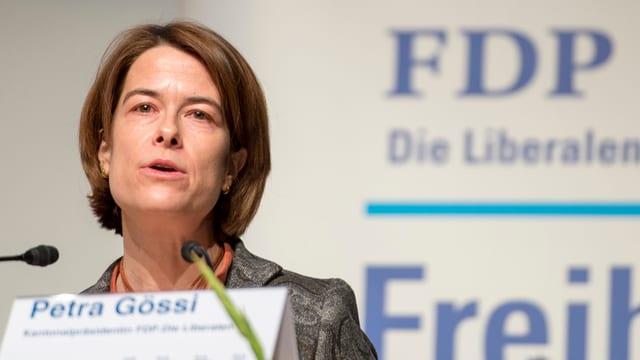 Die Schwyzer FDP-Nationalrätin Petra Gössi während einer Rede.